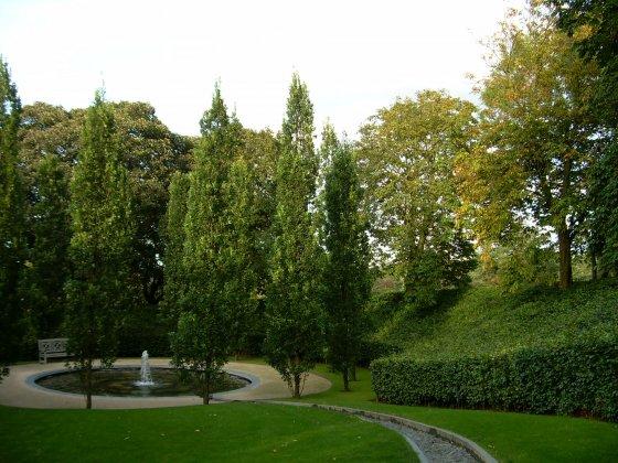 Alnwick-castle- -gardens- 4