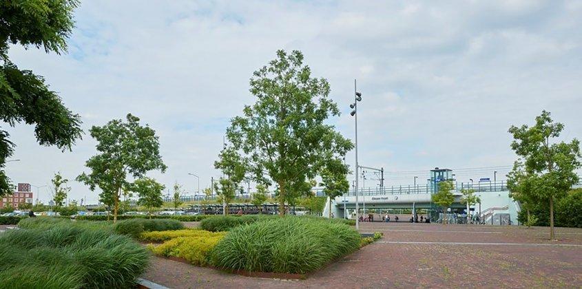 Station-poort--almere- 2